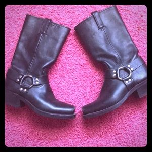 Frye Size 8 women's motorcycle boots
